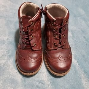 Oxford boots
